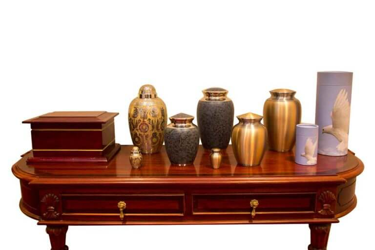 Selection of Urns